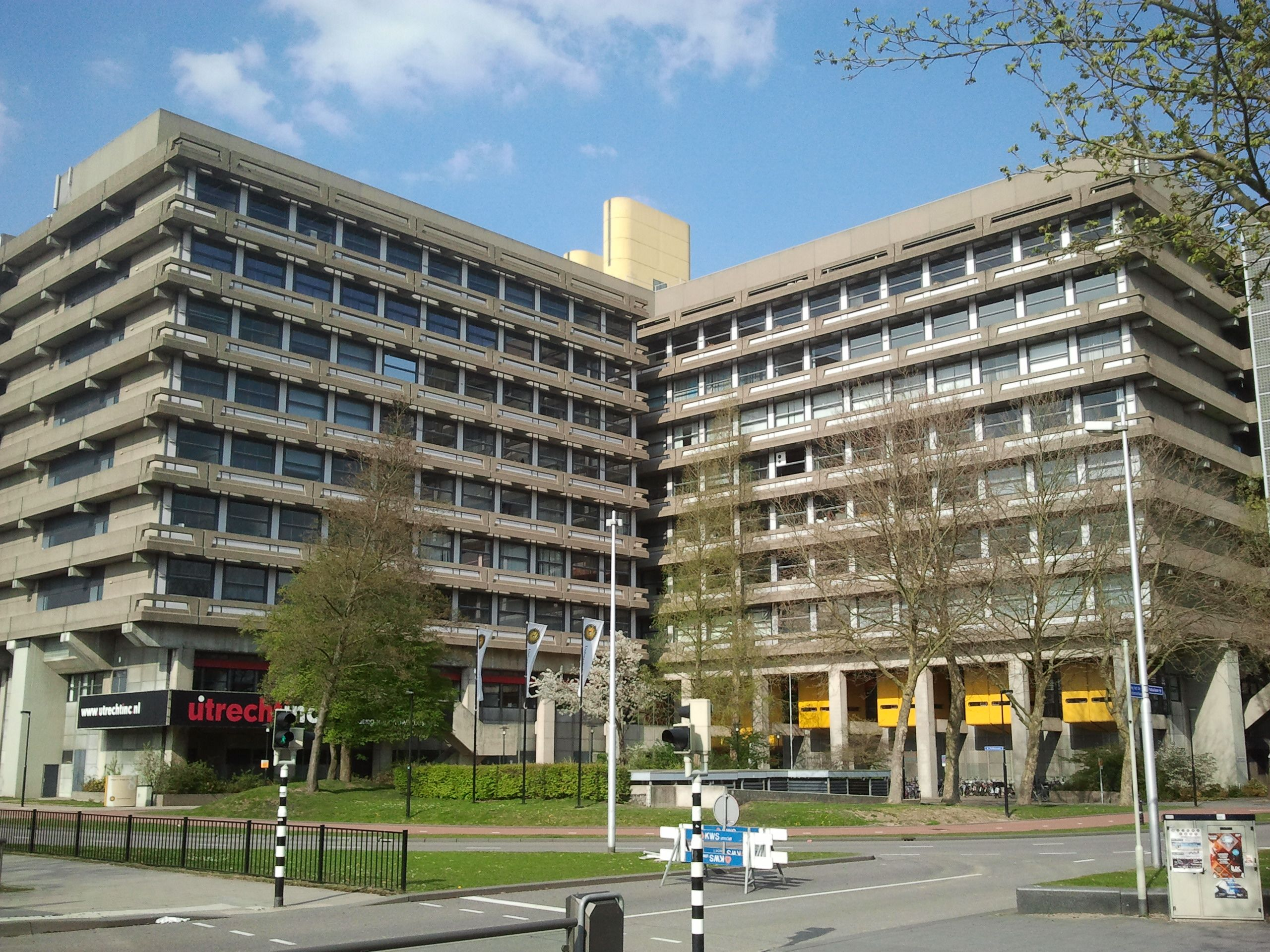 Kruytbuilding,_Utrecht_University,_Utrecht,_The_Netherlands.jpg